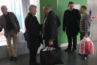 После шести лет плена в Ливии домой вернулись четверо украинцев