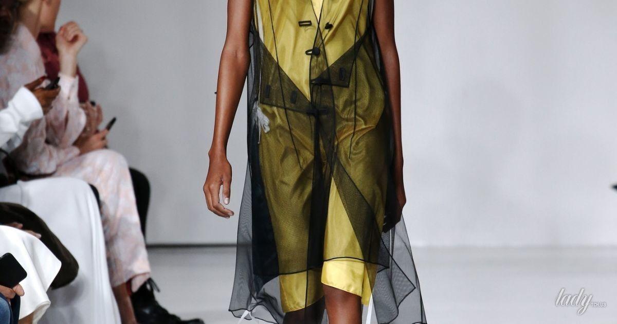 Коллекция Calvin Klein прет-а-порте сезона весна-лето 2018 @ East News