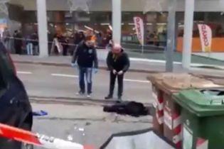 У італійському місті Мачерата невідомі відкрили вогонь по перехожих: постраждали іноземці