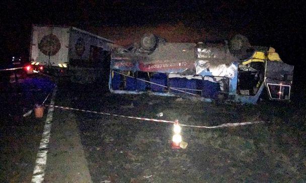 На Херсонщине грузовик врезался в пассажирский автобус: есть пострадавшие