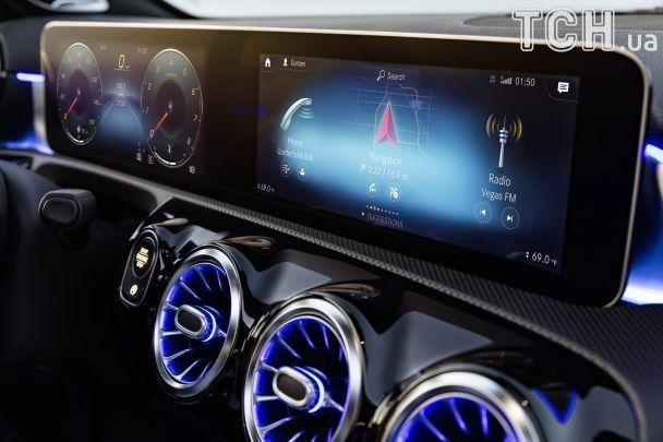 Знакомый нам Mercedes-Benz A-Class уходит в прошлое