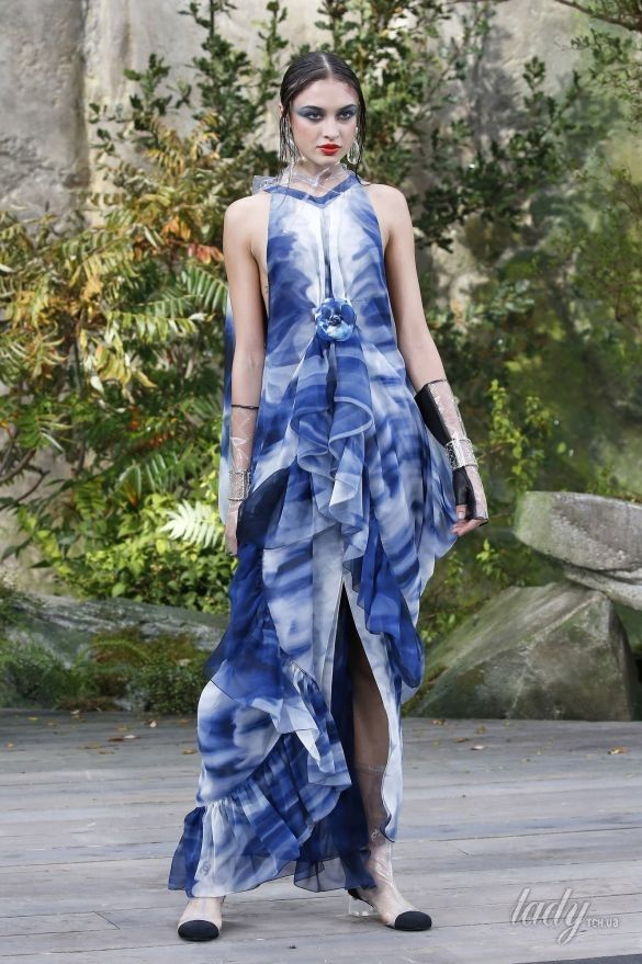 Коллекция Chanel прет-а-порте сезона весна-лето2018_19