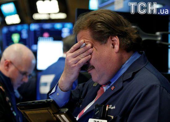 Основний промисловий індекс США Dow Jones різко впав