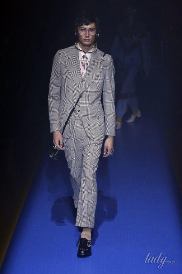 Коллекция Gucci прет-а-порте сезона весна-лето 2018_38