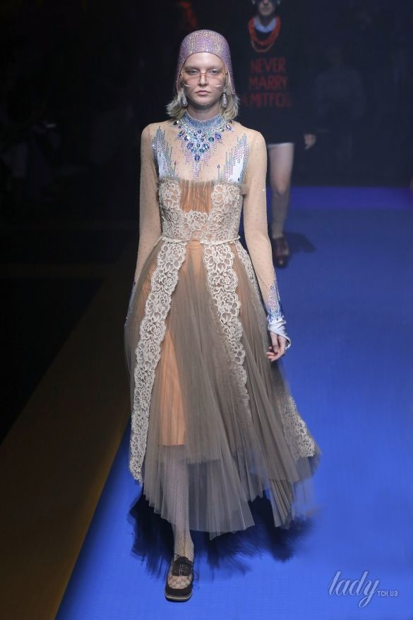 Коллекция Gucci прет-а-порте сезона весна-лето 2018_107