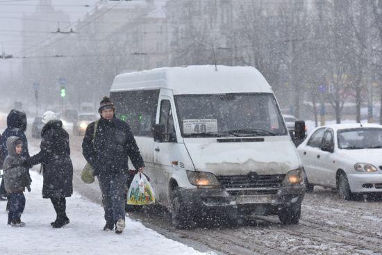 Снігопади, дощі та морози. Синоптики попереджають про чергове погіршення погоди