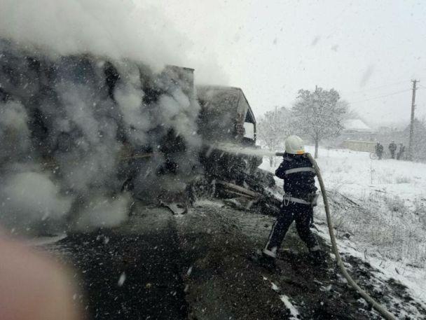 Під Миколаєвом у моторошній ДТП з пожежею загинув екс-голова облради