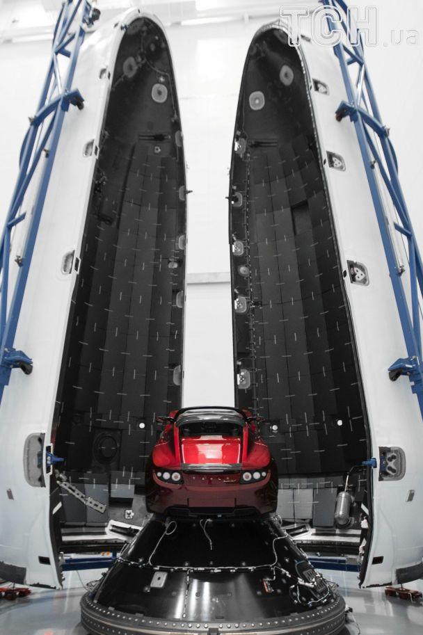 Исторический запуск Falcon Heavy: появились фото взлета самой тяжелой ракеты в мире