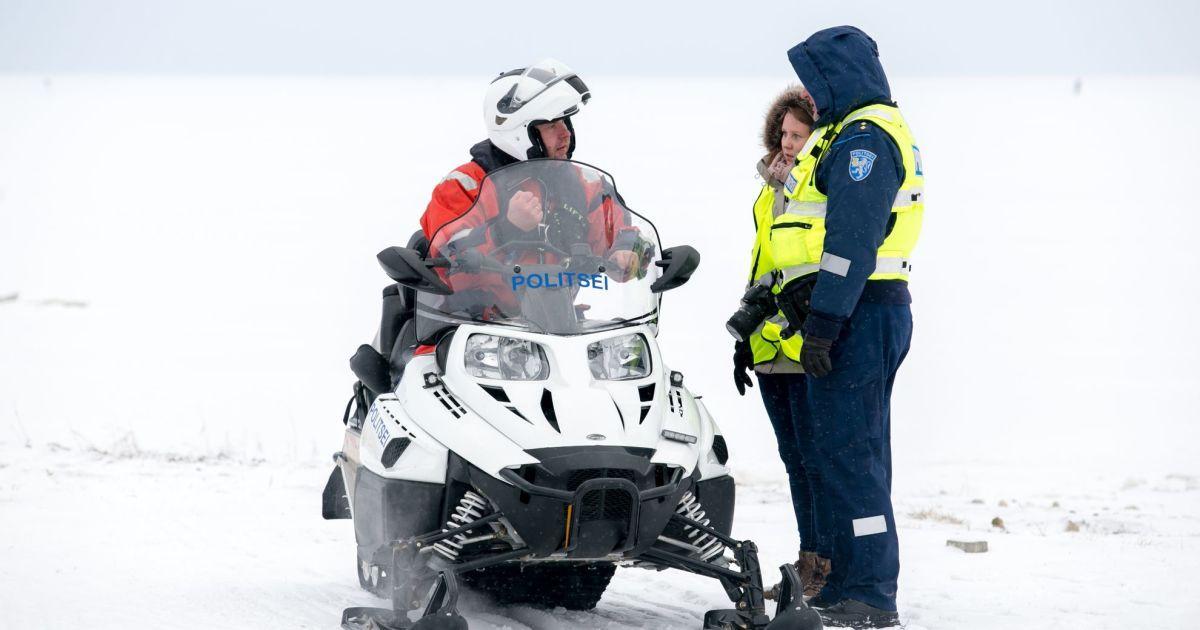 В Естонії під лід провалився автобус: є загиблі