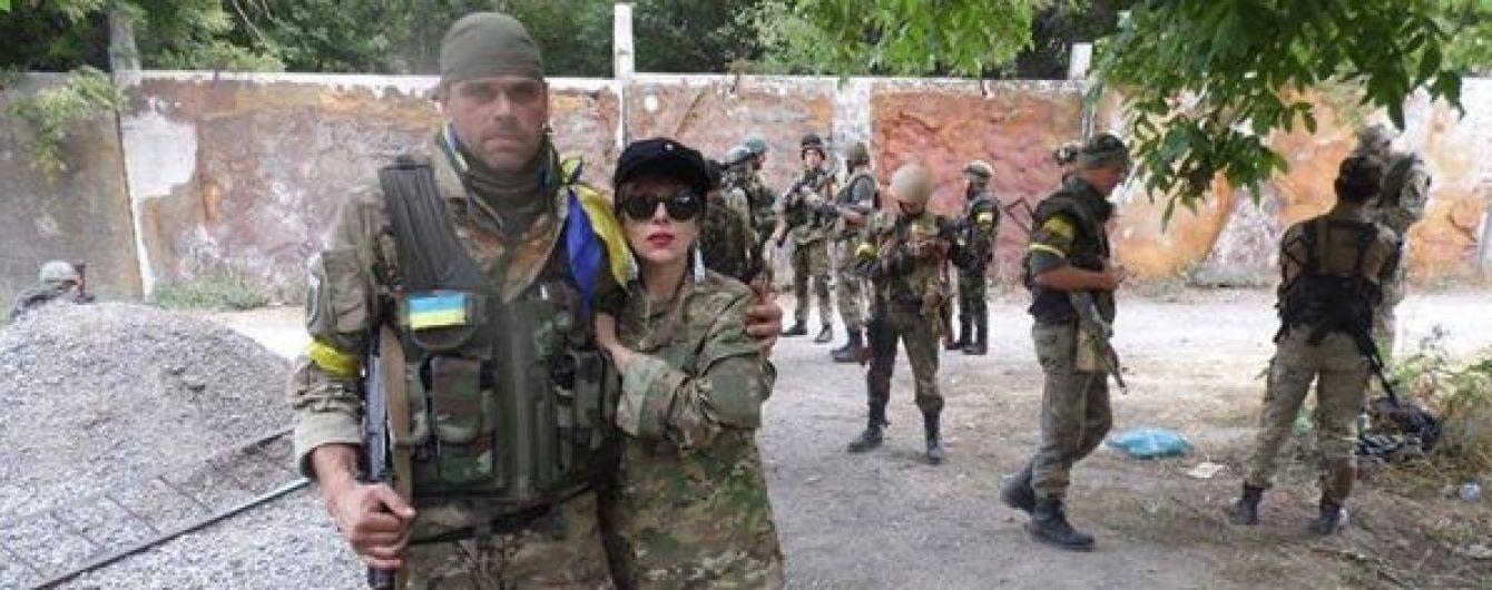 В Тбилиси совершили покушение на националистку, которая тренировала украинских добровольцев в АТО