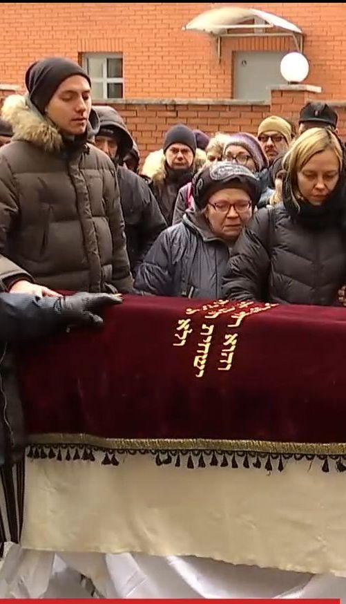 У Дніпрі попрощались із загиблим військовим волонтером Краснопольским