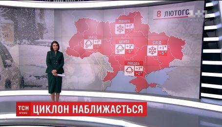 """Циклон """"Мартіна"""" принесе в Україну сильні сніги та дощі"""