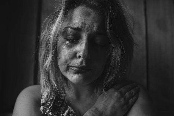 депресія, самотність, сльози, сум_1