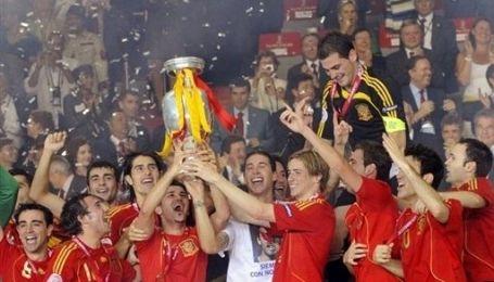 Іспанська збірна на прийомі у короля
