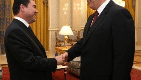 Туркменістан допоможе в переговорах з Росією
