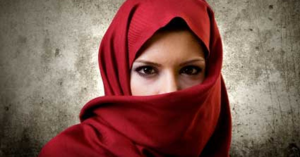Порно видео Шлюха в хиджабе скачать и смотреть онлайн