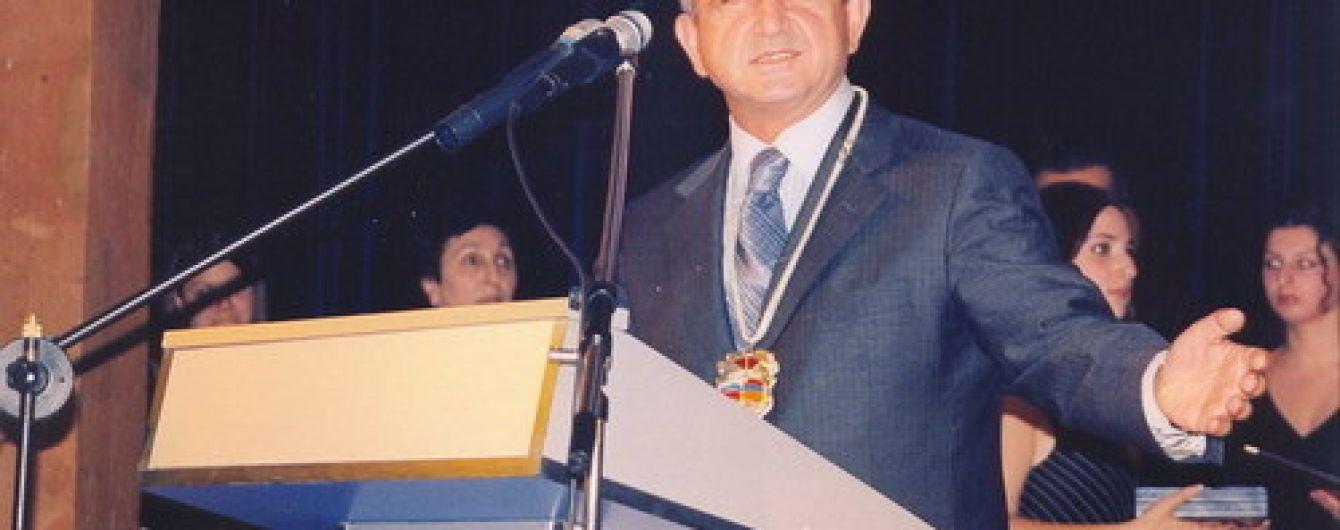 Несмотря на массовые протесты, экс-президента Армении назначили премьер-министром