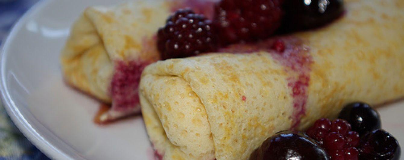 Українські налисники з сиром до сніданку