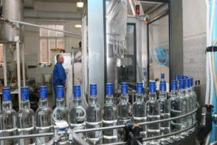 Регіонали вирішили продати державні спиртзаводи
