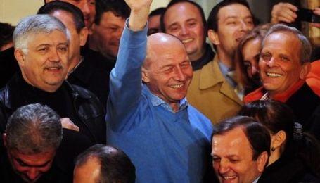На виборах у Румунії переміг чинний президент