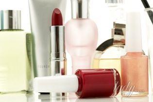 Опасная красота: вредные вещества в косметике