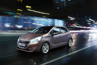 Тест-драйв Peugeot 208: Скромный стиляга