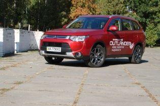 Тест-драйв Mitsubishi Outlander: Кроссовер обновленный