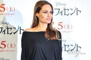 Анджелина Джоли намерена официально стать гражданкой Намибии