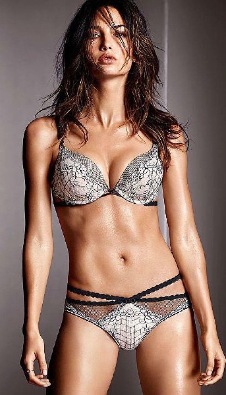 da48e51f6d5ee Лили Олдридж представила коллекцию сексуального белья от Victoria's ...