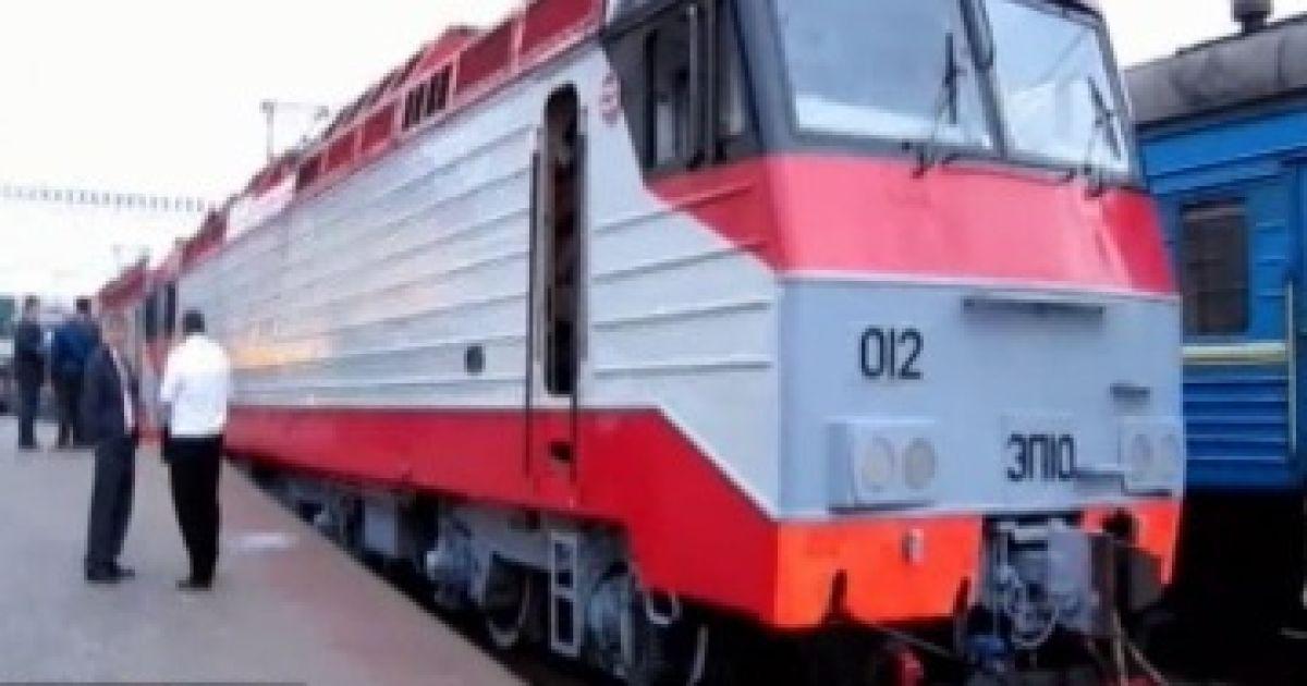 Патриарх Кирилл приехал в Киев на специальном поезде @ Гроші