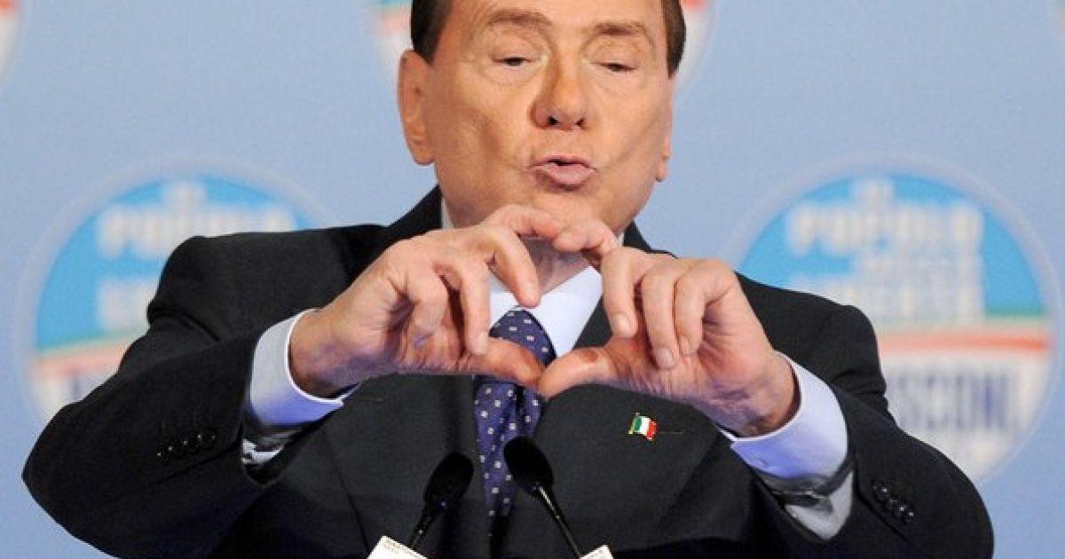 Путин и Берлускони прилетели с визитом в Крым