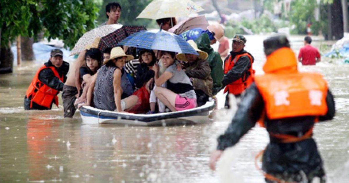 Повінь затопила північ Китаю @ Сіньхуа
