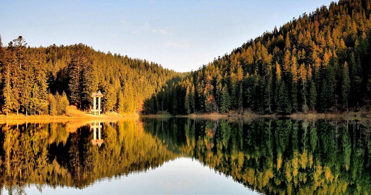 Синевир - сказочно красивое озеро @ Дмитро Гнап