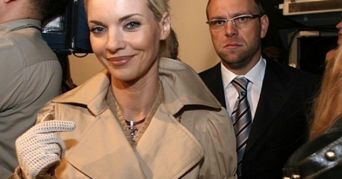 Экс-жена Власенко добилась возобновления уголовного дела против бывшего супруга @ ТСН.ua