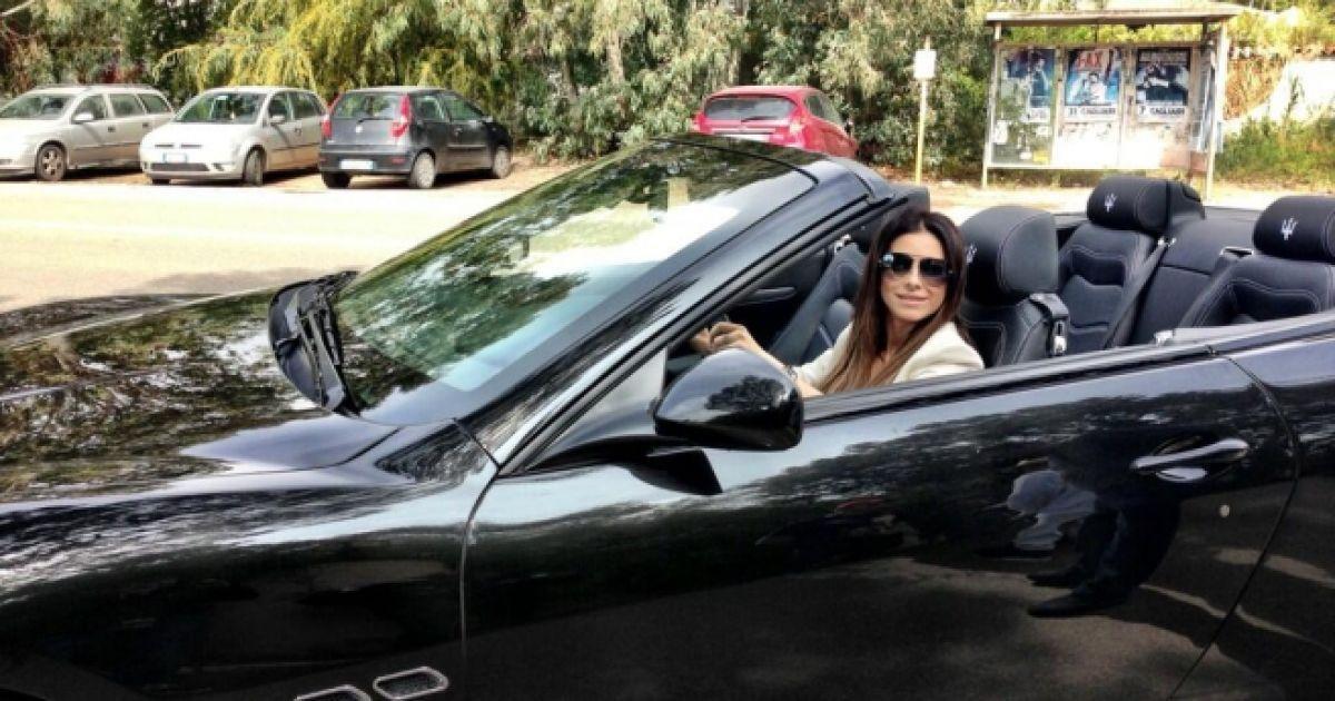 Анечку в машине фото