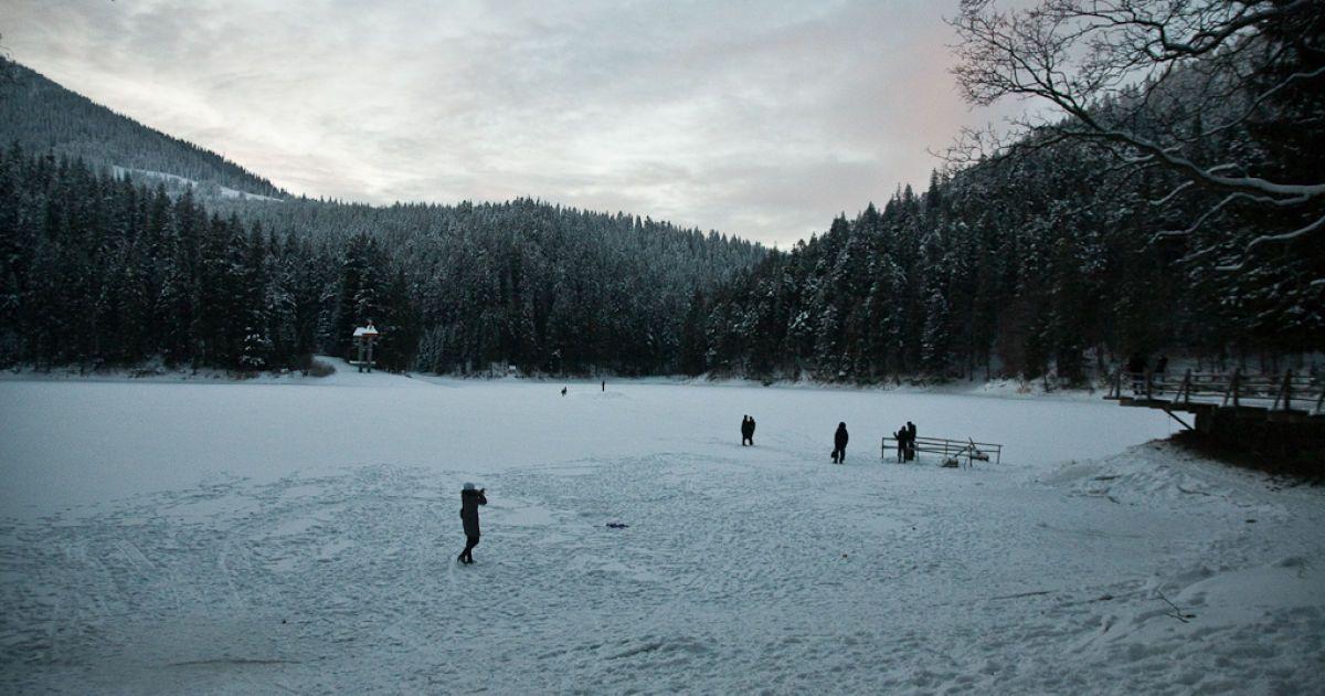 Зимой Синевир замерзает @ kirill-anya.ru