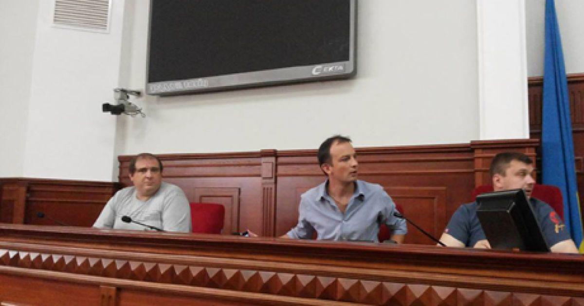 Активісти вирішили захопити Київраду @ Українська правда