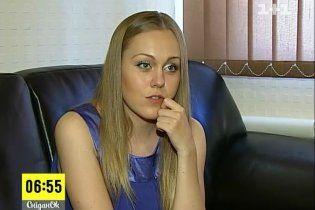 Певица Alyosha не доверяет няням и стремительно худеет после родов