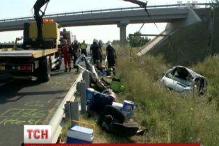В аварії українського мікроавтобуса в Угорщині водій майже не постраждав