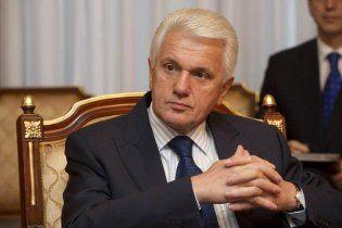 """Литвин думає, що депутати вже """"принюхалися"""" і в Раді діятиме принцип """"солоного огірка"""""""