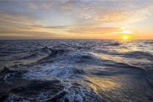 В Атлантическом океане нашли аналоги космических черных дыр