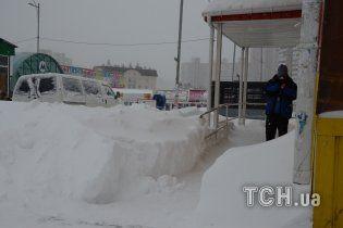Київ за добу завалило 40 млн тонн снігу