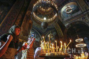 """В Украине православные церкви """"сдают позиции"""" под натиском протестантских"""