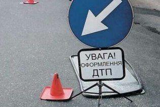 В Киеве в ДТП столкнулись семь автомобилей