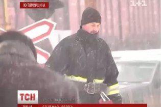 Грузовик протаранил поезд и едва не вызвал взрыв на газопроводе
