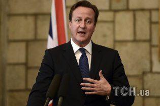 Премьер Британии пригрозил России санкциями за поддержку террористов в Украине