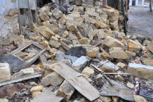 На Киевщине во время строительства обвалился дом: есть жертвы