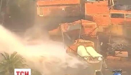В Рио-де-Жанейро столб воды из канализационной трубы убил трехлетнего ребенка