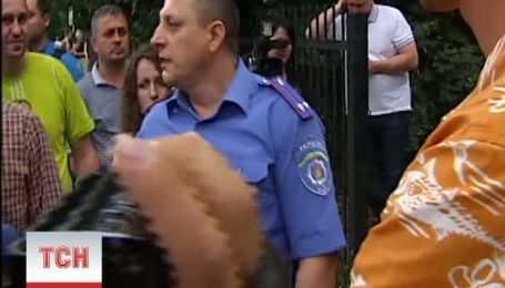 Предприниматели пошли на штурм Святошинского участка