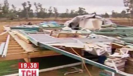 Австралийский поселок разрушил 100-метровый торнадо